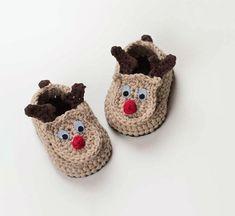 Oh Deer! - Reindeer Baby Booties - free crochet pattern by Croby Patterns. Baby Shoes Pattern, Baby Patterns, Crochet Patterns, Shoe Pattern, Crochet Baby Shoes, Crochet Baby Booties, Crochet Baby Blanket Beginner, Baby Knitting, Crochet Simple
