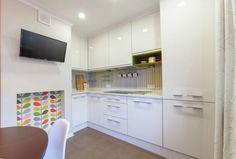 6 optiuni pentru a decora spatiul dintre dulapurile din bucatarie- Inspiratie in amenajarea casei - www.povesteacasei.ro