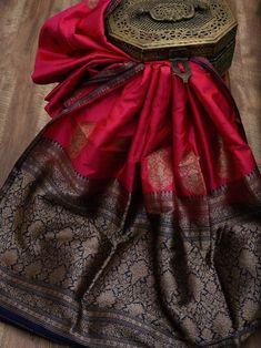 South Indian Bride Saree, Kerala Wedding Saree, Cotton Saree Designs, Sari Blouse Designs, Tussar Silk Saree, Soft Silk Sarees, Saree Dress, Kanjipuram Saree, Lehenga