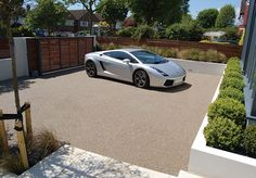 Resin Bound Gravel Driveway in Luna colour, Hove, Sussex installed by Clearstone
