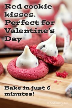 Red cookie kisses. An ADORABLE Valentine's cookie recipe. Love the cookies 'n cream Hershey kisses