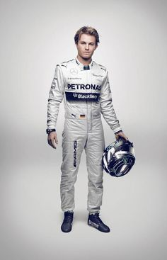 """Q: """"Did you have to lose weight over the winter?"""" @nico_rosberg: """"Do i look fat?"""""""