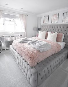 Best 27 Room Decor Bedroom Design Ideas For Your Inspiration Teen Bedroom Designs, Bedroom Decor For Teen Girls, Cute Bedroom Ideas, Room Ideas Bedroom, Teen Room Decor, Home Decor Bedroom, 1920s Bedroom, Aesthetic Room Decor, Stylish Bedroom