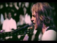 Hillsong United - Aquí Estoy del DVD Unidos Permaneceremos (AUDIO en EspañoL)