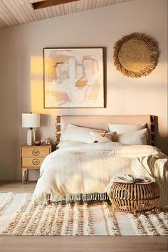 35 Amazingly Pretty Shabby Chic Bedroom Design and Decor Ideas - The Trending House Cozy Bedroom, Home Decor Bedroom, Master Bedroom, Bedroom Ideas, Beige Walls Bedroom, Bedroom Yellow, Bedroom Brown, Fall Bedroom, Blue Bedrooms