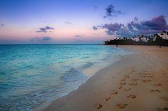 A Walk on the Beach (Aruba)