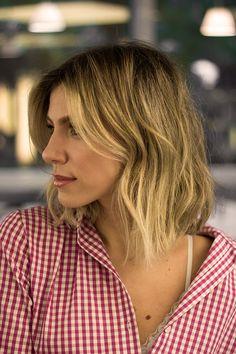 Nati Vozza sempre teve os cabelos longos, mas a sua última visita ao salão inspirou o desejo de uma mudança de visual com a ajuda do Marcos Proença.
