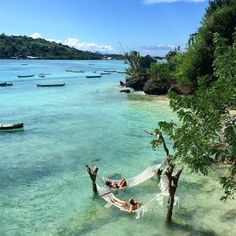 Thalassophile. (n) A Person who loves the sea, ocean.  Splendid nature of Nusa Ceningan Island, Bali.  Image by apxcoconut