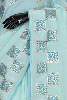 Indian Embroidery Designs, Kurti Embroidery Design, Bead Embroidery Patterns, Hand Work Embroidery, Embroidery Fashion, Embroidery Dress, Blue Silk Saree, Lace Saree, Gota Patti Saree