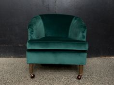 Green Velvet, Club Chairs, Accent Chairs, Lounge, Furniture, Home Decor, Upholstered Chairs, Airport Lounge, Drawing Rooms