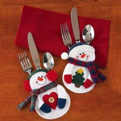 2Pcs Table Ornaments Christmas Decorations snowman Silverware Holders Christmas ornaments for tables new year Christmas Supplies
