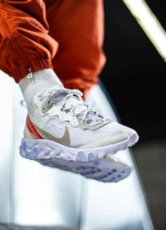 81505ff11a Nike React Element 87 Sole Trees designs high quality premium shoe trees  for sneakers that reverse and minimize creasing and help maintain original  shape ...