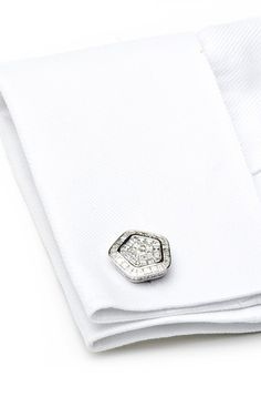 Most Expensive Cufflinks in the World   http://www.ealuxe.com/most-expensive-cufflinks-world/