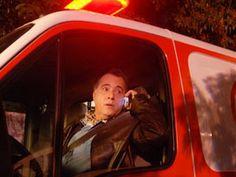 Ex-prefeito usa ambulância para resgatar esposa (Foto: TV Globo/Zé Paulo Cardeal) | #AMulherDoPrefeito | TV Globo