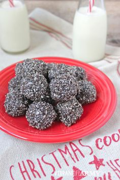"""AIP """"Chocolate"""" and Peppermint No Bake Macaroons"""