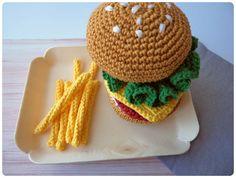 Crochet Food, Crochet Hats, Crochet Earrings, Creations, Crochet Patterns, Knitting, Toys, Hamburgers, Pom Poms
