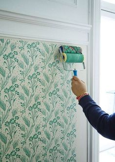 DIY painted floral pattern. This is amazing!!