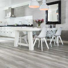 Douwes Dekker elegant laminaat met GRATIS ondervloer. Bijpassende plinten en afwerklijsten online. GRATIS bezorgd. www.cavallo-floors.nl