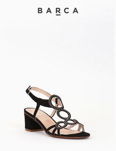 #Sandalo #tacco 50, fondo gomma e soletto in vera pelle, tomaia in #camoscio con motivo tondi con #strass #argentati, cinturino posteriore regolabile, tacco rivestito.  COMPOSIZIONE FONDO GOMMA, SOLETTO VERA PELLE  CARATTERISTICHE Altezza tacco 5 cm  COLORE #NERO  MATERIALE #CAMOSCIO  #sandali #heels #tacchi #fashionblogger #fashionblog #outfit #springsummer