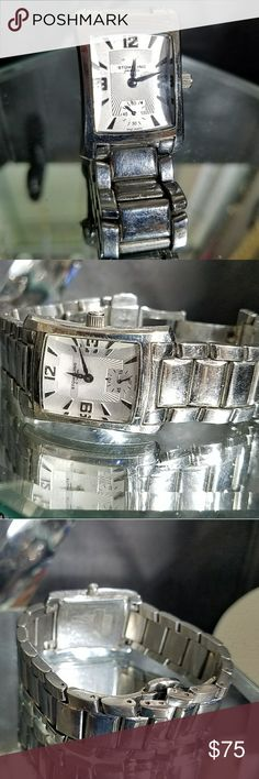 Stirling ladies watch Stirling ladies watch stainless steel band in case white face unique Crystal watches in great shape I had an adjusted put a new battery in it just got it back nice watch Stuhrling Accessories Watches