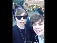 5 Seconds Of Summer - Keek - PANTS DOWN TOUR - YouTube