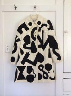 Dane Johnson's Art Clothes Shirt Designs, Fashion Fabric, Color Fashion, Fashion Prints, Mode Vintage, Mode Outfits, Look Cool, Textile Design, Soft Grunge