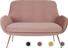Doable Living Room Decor and Interior Design Tips Home Design, Home Bedroom Design, Bedroom Sofa, Living Room Sofa, Living Room Decor, Vintage Sofa, Vintage Pink, Dressing Room Decor, Dressing Table