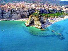 Tropea, Calábria, Sul da Itália (via Mistérios do Mundo - Facebook)
