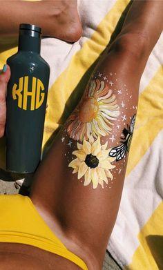 Bold Bodypainting Art Ideas to Try, Body Pain, Woman Body Pain, Body Pain. Painting & Drawing, Leg Painting, Yellow Painting, Trippy Painting, Aesthetic Body, Summer Aesthetic, Aesthetic Art, Orange Aesthetic, Tatoo Art