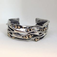 Open Wave Silver Cuff by Cyndiesmithdesigns Modern Jewelry, Metal Jewelry, Jewelry Art, Beaded Jewelry, Silver Jewelry, Jewelry Accessories, Jewelry Design, Contemporary Jewellery, Silver Cuff