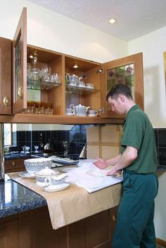 East London home moving companies. #removals #movers http://www.movers24.co.uk/get-free-and-fast-removal-quote