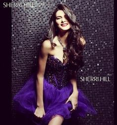 Kendall Jenner rockin this GORGEOUS Sheri Hill dress!