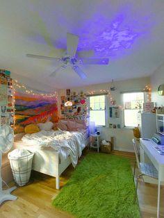Cute Room Ideas, Cute Room Decor, Easy Diy Room Decor, Teen Room Decor, Home Decor, Room Ideas Bedroom, Bedroom Inspo, Hippie Bedroom Decor, Neon Bedroom