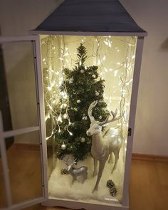 In this DIY tutorial, we will show you how to make Christmas decorations for your home. The video consists of 23 Christmas craft ideas. Country Christmas Decorations, Cool Christmas Trees, Christmas Lanterns, Christmas Ad, Christmas Makes, Christmas Kitchen, Simple Christmas, Christmas Wreaths, Christmas Crafts