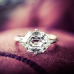 Martin Katz - Interview With The Engagement Ring Master - diamond hexagon cut engagement ring set in white gold