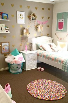 Signs on Little Girls Room Decorating Ideas Princess Girly You Should Be Aware Of - Homegoodinspira White Girls Rooms, Pastel Girls Room, Little Girl Rooms, Girls Room Design, Girl Bedroom Designs, Girls Bedroom, Bedroom Ideas, Cute Room Decor, Toddler Rooms