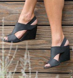 I looooovvve these shoes! Jaqen Nautic wedge from Coclico. $395.00.