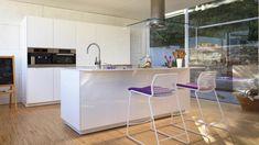 Muebles columna con los principales electrodomésticos