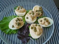 Gefüllte Eier mit Thunfisch, ein raffiniertes Rezept aus der Kategorie Kalt. Bewertungen: 8. Durchschnitt: Ø 3,6.