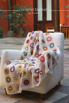 Colorful crochet blanket, free pattern | Anabelia Craft Design blog | Bloglovin'