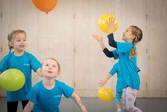 Kinderlieder - LIEDERTURNEN Exercise For Kids, Kids Workout, Kids Sports, Baby Crafts, Working Moms, Entertaining, Songs, Children's Gymnastics, Organization