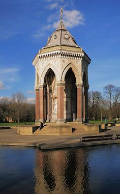 The Baroness Burdett Coutts drinking fountain in Victoria Park Hidden London, Drinking Fountain, Wales, Acre, England, Victoria, Mansions, House Styles, Building
