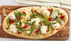 Asparagus, lemon, ritcotta flatbread