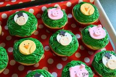 Big Red Barn party: Fondant cupcake toppers Cookie Covers.  Photo and idea from Gwenny Penny: A Farm Birthday Party.
