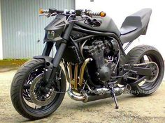 Suzuki bandit street fighter