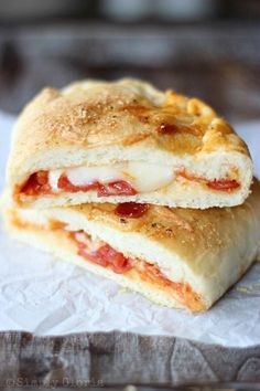 Thinking about trying these with my whole-wheat pizza dough. I bet you they would be good.    Stuffed Pizza Pockets with SimplyGloria.com #pizza