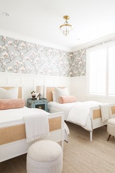 Home Decoration Ideas For Christmas .Home Decoration Ideas For Christmas Home Decoration Ideas For Christmas .Home Decoration Ideas For Christmas Sweet Home, Big Girl Rooms, Kids Rooms, Modern Girls Rooms, Home Decor Bedroom, Twin Bedroom Ideas, Shared Bedrooms, Twin Girl Bedrooms, Small Guest Bedrooms
