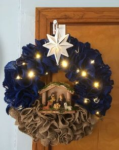 Check out our pick of Christmas door decorations! We have all sorts of Christmas door wreaths, so you will definitely be able to find the best one. Winter Christmas, Rustic Christmas, Christmas Holidays, Christmas Ornaments, Mesh Christmas Tree, Ornaments Ideas, Christmas Island, Christmas Vacation, Handmade Christmas