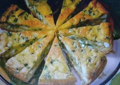 Пирог с зелёным луком и яйцами