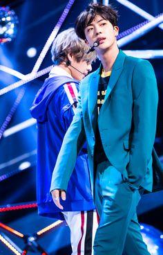 Jin BTS 17.09.25 Inkigayo